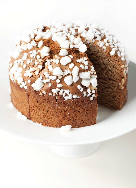 One of the many typical Dutch spice cakes (Photo José van Riele)